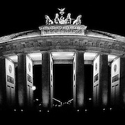 Brandenberg Gate, Berlin, at night.