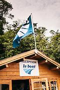 Le Boat office at Chatillon-sur-Loire, Canal latéral à la Loire