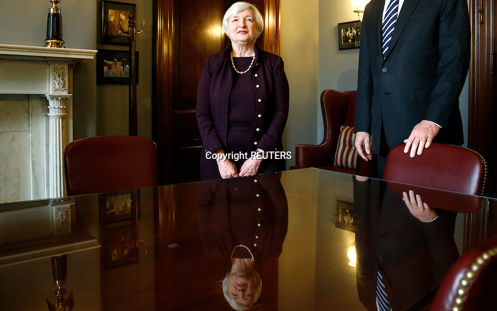 Janet Yellen (C), nominee to be the next chairman of the U.S. Federal Reserve, prepares to meet with Senate Banking Commitee member Senator Richard Shelby (R-AL) (R, obscured) in his office on Capitol Hill in Washington, October 31, 2013. The Senate Banking Committee is considering holding a hearing on Janet Yellen's nomination to head the Federal Reserve on November 14, a Senate aide said this week. REUTERS/Jonathan Ernst    (UNITED STATES)