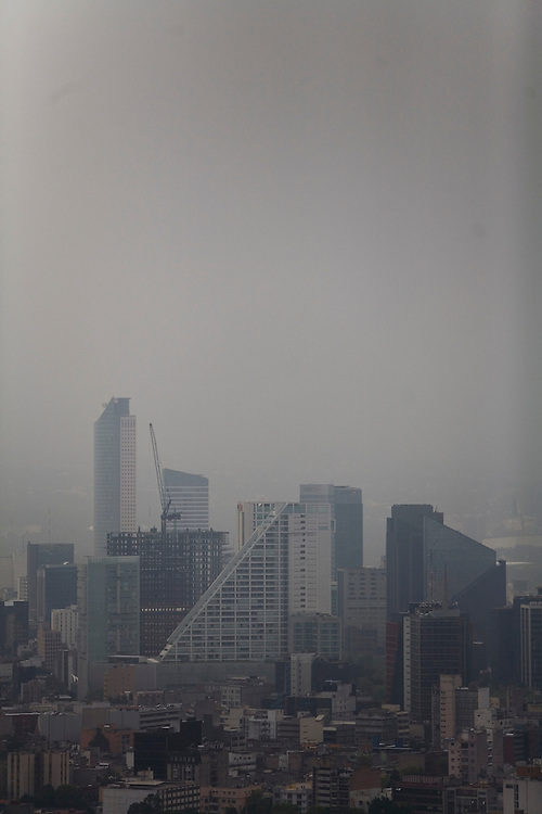 Smog and air pollution are a big problem in Mexico City.