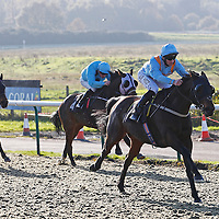Tabaayun and Daniel Tudhope winning the 12.50 race