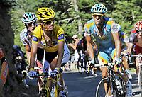 Sykkel<br /> Tour de France 2010<br /> 19.07.2010<br /> Foto: PhotoNews/Digitalsport<br /> NORWAY ONLY<br /> <br /> JURGEN VAN DEN BROECK - ANDY SCHLECK - ALBERTO CONTADOR<br /> <br /> STAGE RIT ETAPE 15 : PAMIERS - BAGNERES-DE-LUCHON