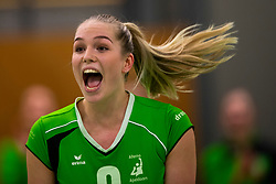 19-01-2019 NED: Pharmafilter US - Dros-Alterno, Amsterdam<br /> Round 15 of Eredivisie volleyball. Alterno win 3-0 (17-25 16-25 20-25) of US / Charlot Vellener #9 of Alterno