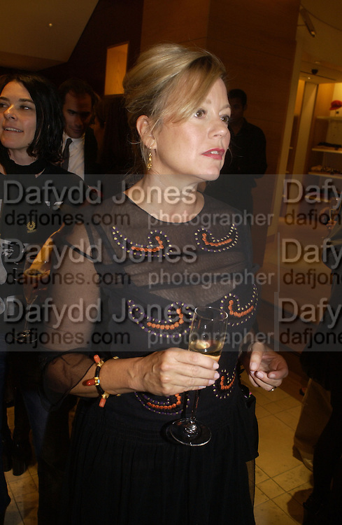 Kay Saatchi, Christopher Bailey hosts a party to celebrate the launch of ' The Snippy World of New Yorker Fashion Artist Michael Roberts' Burberry, New Bond St.  London. 19  September 2005. ONE TIME USE ONLY - DO NOT ARCHIVE © Copyright Photograph by Dafydd Jones 66 Stockwell Park Rd. London SW9 0DA Tel 020 7733 0108 www.dafjones.com