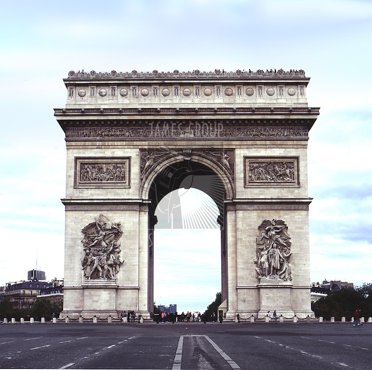 a straight on view of the triomphe at day