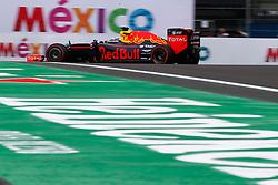 October 28, 2016 - Mexico - City, Mexico - Motorsports: FIA Formula One World Championship 2016, Grand Prix of Mexico, .#3 Daniel Ricciardo (AUS, Red Bull Racing) (Credit Image: © Hoch Zwei via ZUMA Wire)