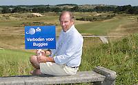 ZANDVOORT - Bartout Gieben, vrijwilliger van de Kennemer voor het KLM Open golf. FOTO KOEN SUYK