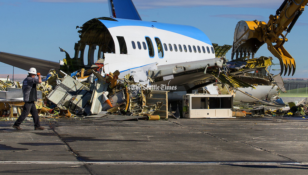 The ecoDemonstrator 757 airplane, originally built for United Airlines in 1990,  ready for demolition at the Moses Lake Airport.<br />