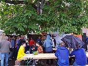 Røykeplassen var selvsagt rett ved toalettene. Bryggerifestivalen i forbindelse med mattmessa og Olavsfestdagene 2018, Trondheim.