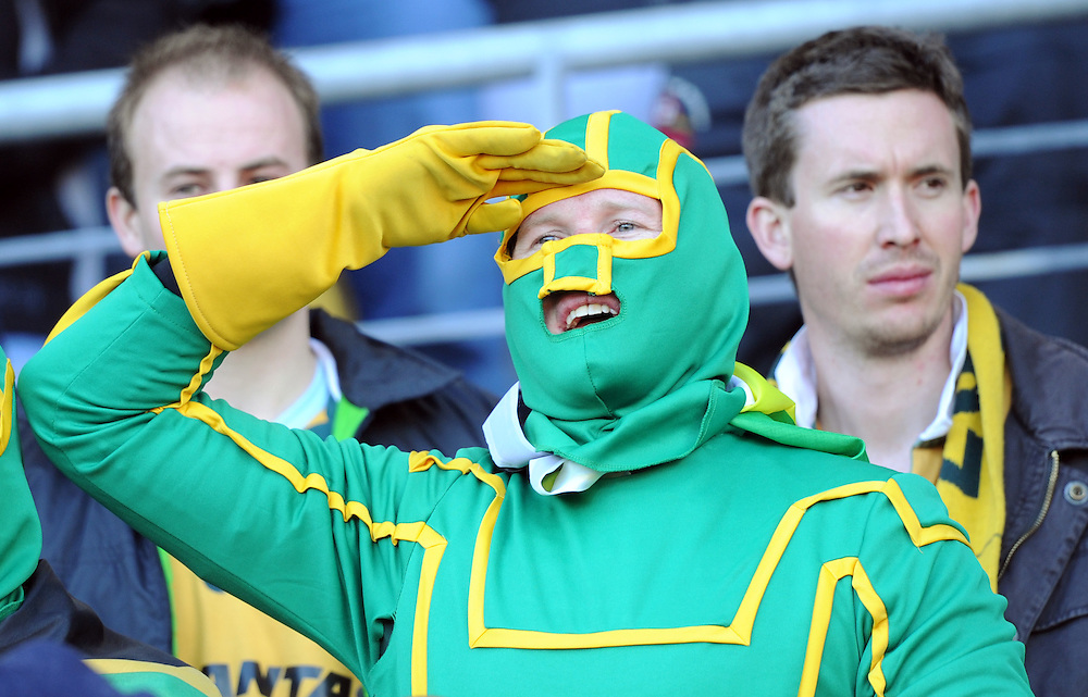 South African supporter against Australia in the Rugby World Cup quarter final match at Wellington Stadium, Wellington, New Zealand, Sunday, October 09, 2011. Credit:SNPA / Ross Setford