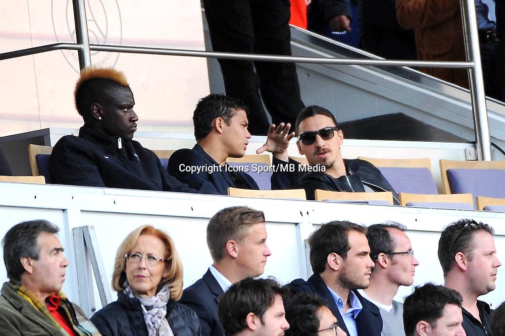 Zlatan IBRAHIMOVIC / Thiago SILVA - 25.04.2015 - Paris Saint Germain / Lille - 34eme journee de Ligue 1<br />Photo : Nolwenn Le Gouic / Icon Sport