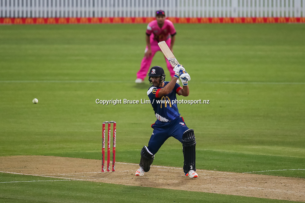 Auckland Aces' Colin de Grandhomme batting during the McDonalds Super Smash T20 cricket match - Knights v Aces played at Seddon Park, Hamilton, New Zealand on Saturday 17 December.<br /> <br /> Copyright photo: Bruce Lim / www.photosport.nz