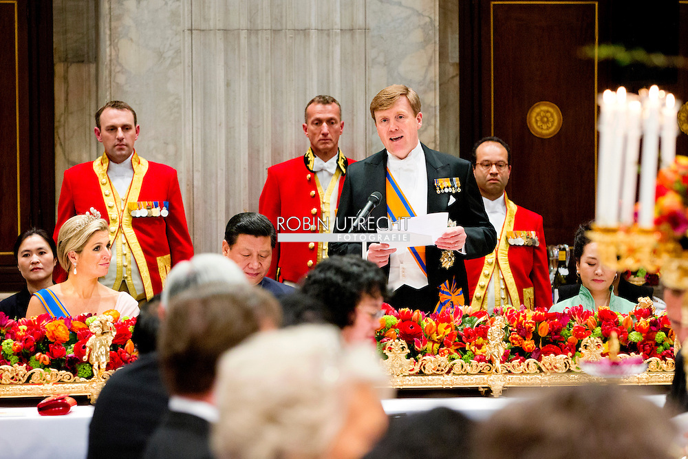 AMSTERDAM - Chinese President Xi Jinping during the state banquet with King Willem-Alexander, Princess Maxima and Queen Beatrix at the Palace on Dam Square. Xi Jinping and his wife Mrs. Peng Liyuan pay a two-day state visit to the Netherlands. COPYRIGHT ROBIN UTRECHT