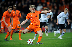 09-02-2011 VOETBAL: NEDERLAND - OOSTENRIJK: EINDHOVEN<br /> Netherlands in a friendly match with Austria won 3-1 / Dirk Kuijt scored the 3-0 from eleven meters <br /> ©2011-WWW.FOTOHOOGENDOORN.NL