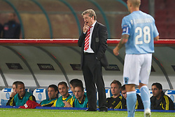 NAPELS, ITALY - Thursday, October 21, 2010: Liverpool's manager Roy Hodgson and substitute Joe Cole during the UEFA Europa League Group K match against SSC Napoli at the Stadio San Paolo. (Pic by: David Rawcliffe/Propaganda)