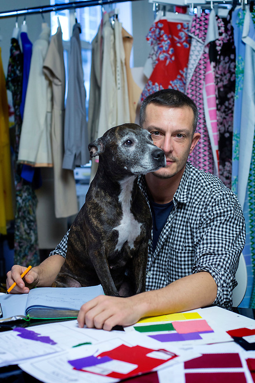 Jonathan Saunders with Amber<br /> Photograph: Rosie Hallam