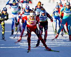 22.01.2011, Südtirol Arena, Antholz, ITA, IBU Biathlon Worldcup, Antholz, Mass Start Men, im Bild Start, in Führung Tarjei Boe (NOR) dahinter Michael Greis (GER) // Tarjei Boe (NOR) behind him Michael Greis (GER) during IBU Biathlon World Cup in Antholz, Italy, EXPA Pictures © 2011, PhotoCredit: EXPA/ J. Feichter