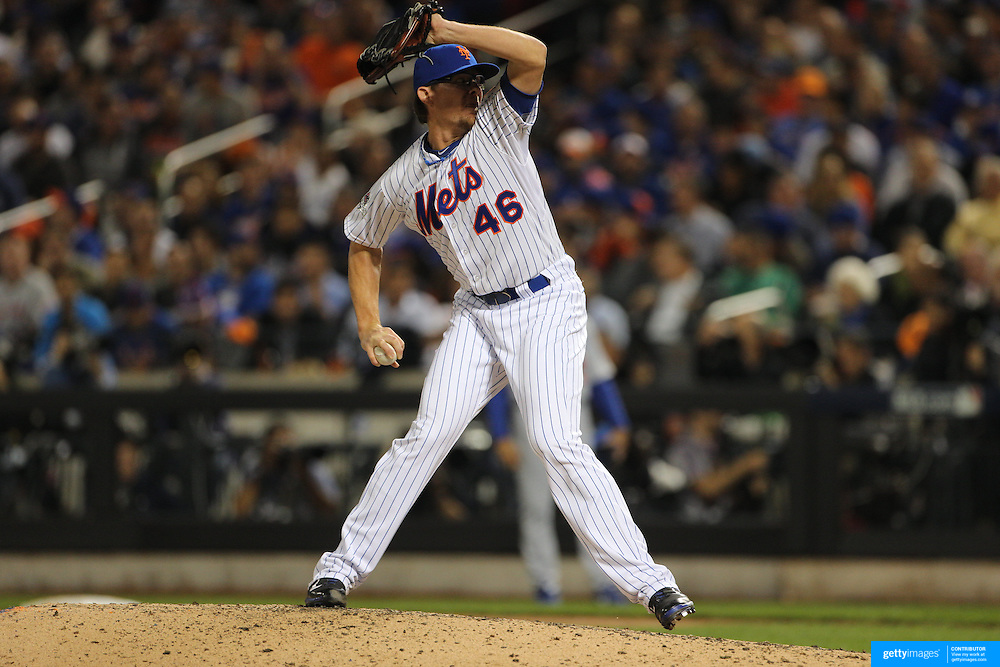 Pitcher Tyler Clippard , New York Mets, pitching during the New York Mets Vs Los Angeles Dodgers, game four of the NL Division Series at Citi Field, Queens, New York. USA. 13th October 2015. Photo Tim Clayton