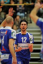 12-02-2011 VOLLEYBAL: AB GRONINGEN/LYCURGUS - DRAISMA DYNAMO: GRONINGEN<br /> In een bomvol Alfa-college Sportcentrum werd Dynamo met 3-2 (25-27, 23-25, 25-19, 25-23 en 16-14) verslagen door Lycurgus / Willem-Maarten Heins (#12)<br /> ©2011-WWW.FOTOHOOGENDOORN.NL