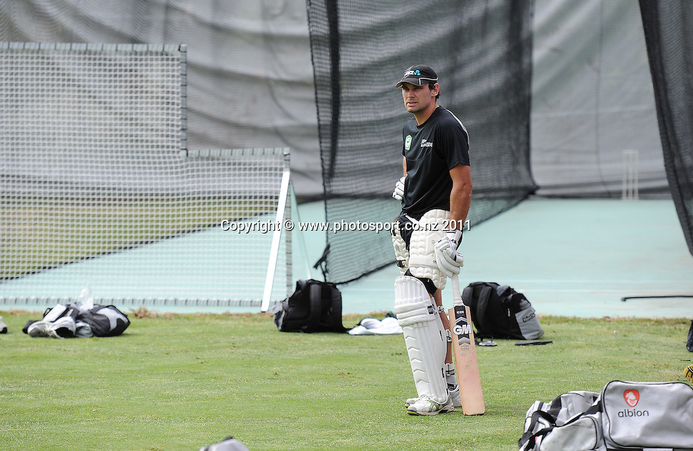 Dean Brownlie at training ahead of the second cricket test match versus Australia in Hobart. Wednesday 7 December 2011. Photo: Andrew Cornaga/Photosport.co.nz