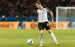 18.06.2016, Parc de Princes, Paris, FRA, UEFA Euro, Frankreich, Portugal vs Oesterreich, Gruppe F, im Bild Christian Fuchs (AUT) // Christian Fuchs (AUT) during Group F match between Portugal and Austria of the UEFA EURO 2016 France at the Parc de Princes in Paris, France on 2016/06/18. EXPA Pictures © 2016, PhotoCredit: EXPA/ JFK