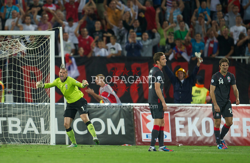 NOVI SAD, SERBIA - Tuesday, September 11, 2012: Wales' goalkeeper Boaz Myhill looks dejected as Serbia score the fifth goal during the 2014 FIFA World Cup Brazil Qualifying Group A match at the Karadorde Stadium. (Pic by David Rawcliffe/Propaganda)