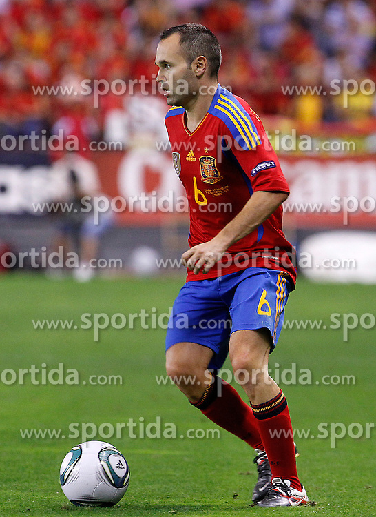 06.09.2011, Logrono, ESP, UEFA EURO 2012, Qualifikation, Spanien vs Lichtenstein, im Bild Spain's Andres Iniesta during Euro 2012 qualifier match.September 6,2011.. EXPA Pictures © 2011, PhotoCredit: EXPA/ Alterphoto/ Acero +++++ ATTENTION - OUT OF SPAIN/(ESP) +++++