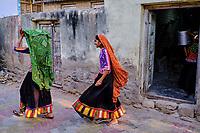 Inde, Gujarat, region du Kutch, Bhuj, village de Dhaneti, population Ahir, le moulin du village // India, Gujarat, Kutch, Bhuj, Dhaneti villlage, Ahir ethnic group