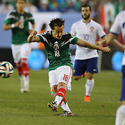 Andrés Guardado, Mexico, shoots during the Portugal V Mexico International Friendly match in preparation for the 2014 FIFA World Cup in Brazil. Gillette Stadium, Boston (Foxborough), Massachusetts, USA. 6th June 2014. Photo Tim Clayton