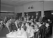 28/07/1962<br /> 07/28/1962<br /> 28 July 1962 <br /> Wedding of Mr Desmond F. English, Landscape Cresent, Churchtown and Miss Blanche O'Brien Oakley Park, Blackrock at St John the Baptist Church, Blackrock and Ross's Hotel Dun Laoghaire, Dublin. Image shows a view of the dining area in the hotel.