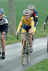 03-04-2006 WIELRENNEN: COURSE DOTTIGNIES: BELGIE<br /> <br /> ©2006-WWW.FOTOHOOGENDOORN.NL