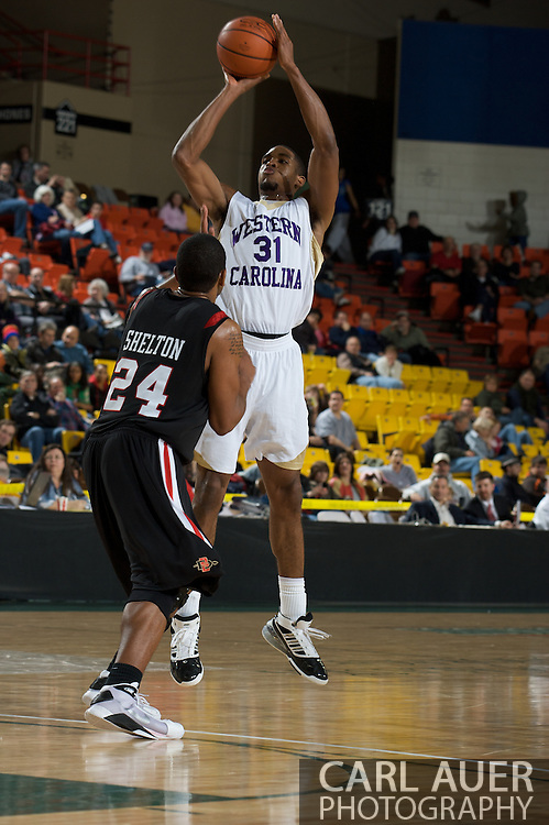 November 27, 2008: Western Carolina's Adrian Gailliard in the final game in the opening round of the 2008 Great Alaska Shootout at the Sullivan Arena