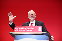 © Licensed to London News Pictures . 28/09/2016 . Liverpool , UK . JEREMY CORBYN delivers the leader's speech on the final day of the Labour Party Conference . Photo credit : Joel Goodman/LNP