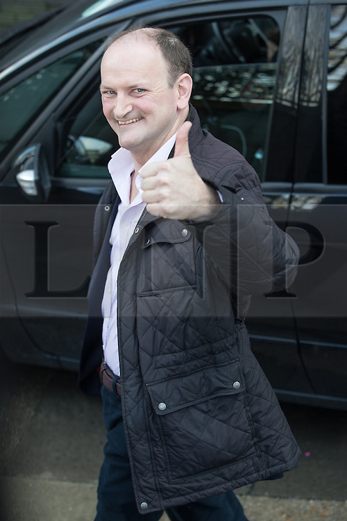 © Licensed to London News Pictures . 05/03/2017 . London , UK . UKIP's MP , DOUGLAS CARSWELL , leaves ITV studios and gives a thumbs up , on South Bank after appearing on the Peston on Sunday show . Photo credit: Joel Goodman/LNP