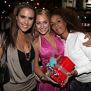 NLD/Amsterdam/20080909 - 18de Verjaardag Melody Klaver, Melody met Glennis Grace en Floortje Smit