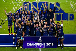 ASM Clermont Auvergne lift the European Rugby Challenge Cup after defeat La Rochelle - Mandatory by-line: Robbie Stephenson/JMP - 10/05/2019 - RUGBY - St James' Park - Newcastle, England - ASM Clermont Auvergne v La Rochelle - European Rugby Challenge Cup Final