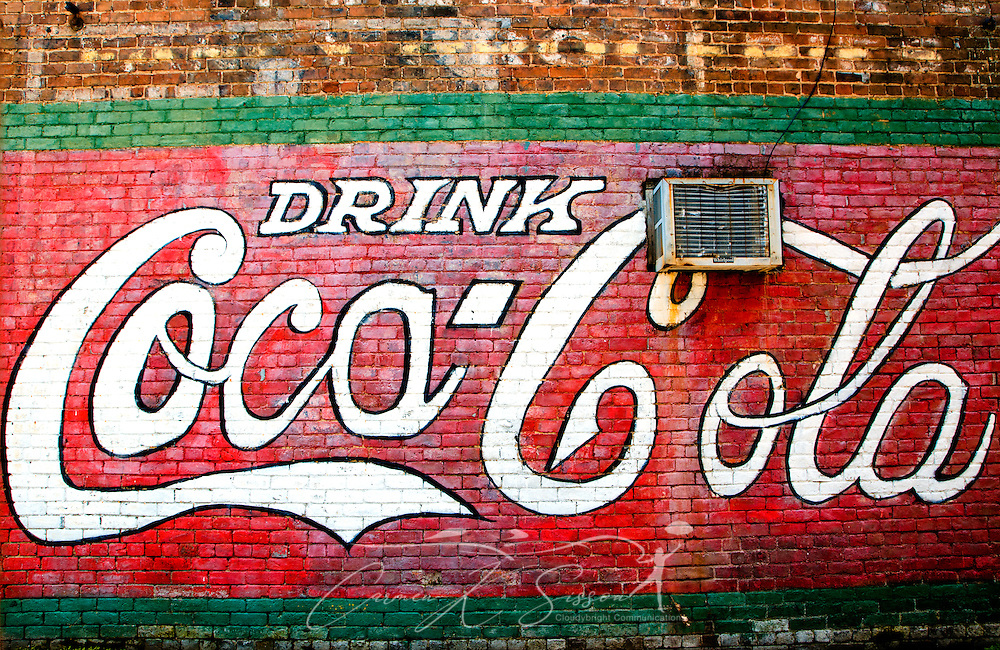 A Coca-Cola mural decorates the side of a building in downtown Water Valley, Mississippi. (Photo by Carmen K. Sisson/Cloudybright)