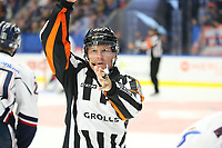 2018-09-22 | Växjö, Sweden: A refeere during the game between Växjö and Linköping at Vida Arena ( Photo by: Fredrik Sten | Swe Press Photo )<br /> <br /> Keywords: Ice hockey, Växjö, SHL, Växjö, Linköping, Vida Arena