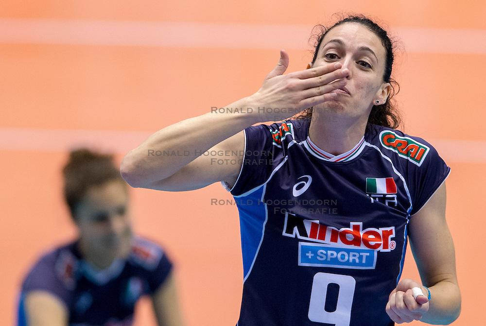 18-05-2016 JAP: OKT Peru - Italie, Tokio<br /> Italië verslaat Peru met 3-0 / Nadia Centoni #9 of Italie