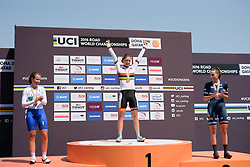 Podium: Karlijn Swinkels (NED), Lisa Morzenti (ITA), Juliette Labous (FRA) at the 13.7 km Junior Women's Individual Time Trial, UCI Road World Championships 2016 on 10th October 2016 in Doha, Qatar. (Photo by Sean Robinson/Velofocus).