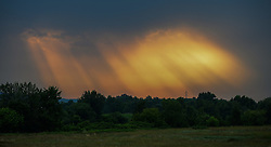 THEMENBILD - Lichteinfall durch dunklen, stürmischen und wolkenverhangenen Abendhimmel, Aufgenommen am 9. Juni 2015 in Zagreb, Kroatien // through black and a storm sky opened round of sunlight, above the settlement of Zagreb Podsused Zagreb, Croatia on 2015/06/09. EXPA Pictures © 2015, PhotoCredit: EXPA/ Pixsell/ Marko Prpic<br /> <br /> *****ATTENTION - for AUT, SLO, SUI, SWE, ITA, FRA only*****