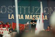 """""""Costituzione, la via maestra"""". Manifestazione in difesa della Costituzione italiana. Roma, 12 ottobre 2013. Cecilia Strada di Emergency."""