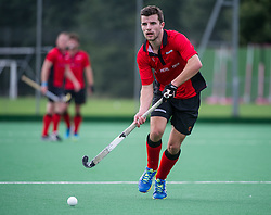 Southgate's John Sterlini. Southgate v Indian Gymkhana - Men's Hockey League - Conference East, Trent Park, London, UK on 24 September 2016. Photo: Simon Parker