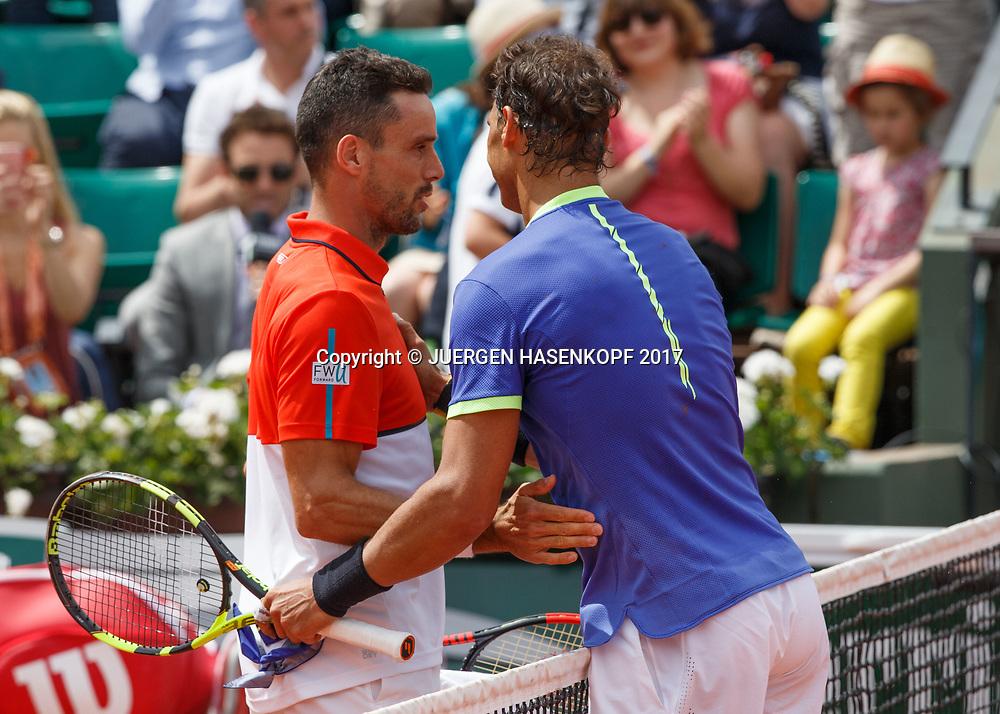 ROBERT BAUTSTA AGUT gratuliert dem Sieger RAFAEL NADAL (ESP) am Netz<br /> <br /> Tennis - French Open 2017 - Grand Slam / ATP / WTA / ITF -  Roland Garros - Paris -  - France  - 4 June 2017.