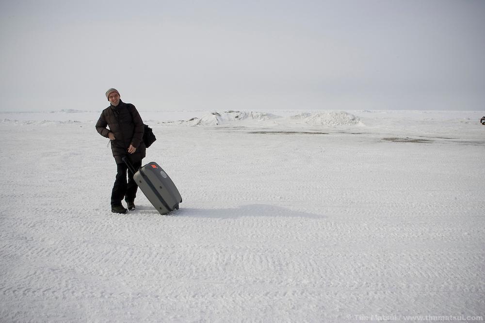 May 1, 2008 -- Kivalina, AK, U.S.A..Der Spiegel writer Ansbert Kniep in Kivalina, Alaska. (Photo by Tim Matsui)