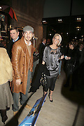 Joe Mott and Sarah Harding, Cirque de Soleil Premiere of Alegr'a. Royal Albert Hall. London. 5 January 2006.  -DO NOT ARCHIVE-© Copyright Photograph by Dafydd Jones. 248 Clapham Rd. London SW9 0PZ. Tel 0207 820 0771. www.dafjones.com.