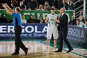 DESCRIZIONE : Avellino Lega A 2009-10 Air Avellino Armani Jeans Milano<br /> GIOCATORE : Antonio Porta Cesare Pancotto <br /> SQUADRA : Air Avellino<br /> EVENTO : Campionato Lega A 2009-2010<br /> GARA : Air Avellino Armani Jeans Milano<br /> DATA : 13/12/2009<br /> CATEGORIA : Coach Fair Play<br /> SPORT : Pallacanestro<br /> AUTORE : Agenzia Ciamillo-Castoria/G.Ciamillo<br /> Galleria : Lega Basket A 2009-2010 <br /> Fotonotizia : Avellino Campionato Italiano Lega A 2009-2010 Air Avellino Armani Jeans Milano<br /> Predefinita :