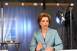 A candidata ao governo do Estado do RS Yeda Crusius durante gravação do programa de televisão. FOTO: Jefferson Bernardes/Preview.com