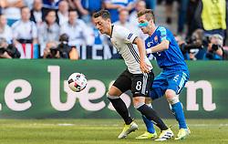 26.06.2016, Stade Pierre Mauroy, Lille, FRA, UEFA Euro 2016, Deutschland vs Slowakei, Achtelfinale, im Bild Mesut Oezil (GER), Peter Pekarik (SVK) // Mesut Oezil (GER) Peter Pekarik (SVK) during round of 16 match between Germany and Slovakia of the UEFA EURO 2016 France at the Stade Pierre Mauroy in Lille, France on 2016/06/26. EXPA Pictures © 2016, PhotoCredit: EXPA/ JFK
