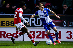 Gavin Reilly of Bristol Rovers takes on Matthew Olosunde of Rotherham United - Mandatory by-line: Robbie Stephenson/JMP - 18/01/2020 - FOOTBALL - Aesseal New York Stadium - Rotherham, England - Rotherham United v Bristol Rovers - Sky Bet League One